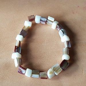 Shell beaded stretchy bracelet